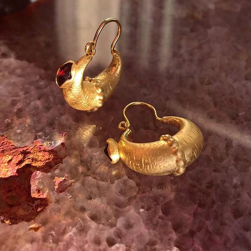 ♛ Gold Garnet Māyā Hoops