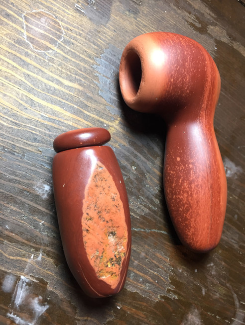 mapacho pipe and offering container
