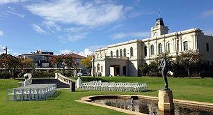 Brighton town hall gardens, best wedding locations in Melbourne, wedding locations in victoria, wedding locations in Brighton