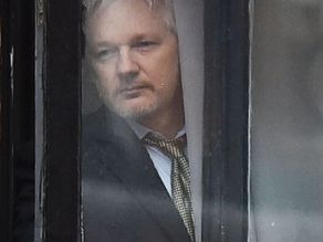 First Amendment Still Under Threat: Use of Espionage Laws to Pursue Assange Invalid