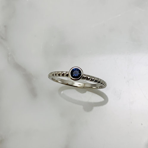 14KW Small Sapphire Rope Ring