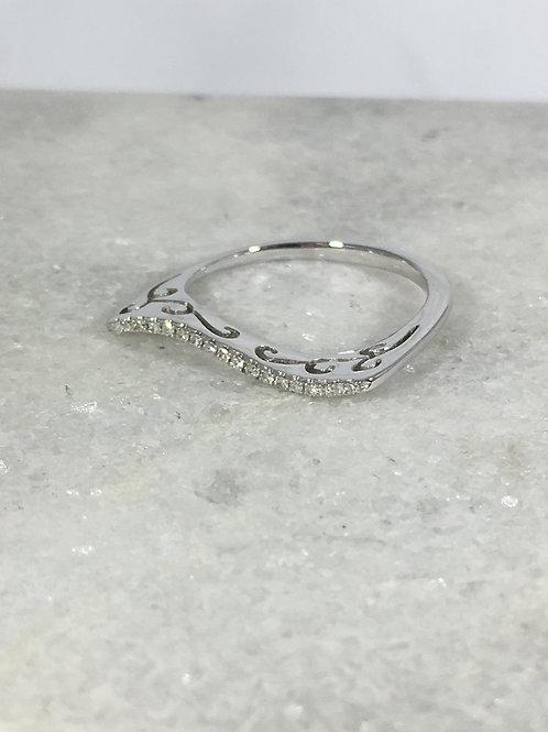 14k White Gold Diamond Wave Ring