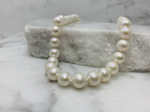 """14KW 16"""" Freshwater Pearl Necklace"""