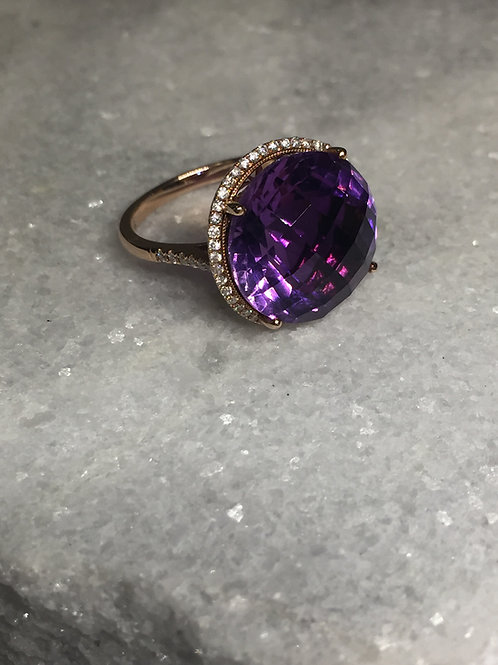 14KR Amethyst and Diamond Ring