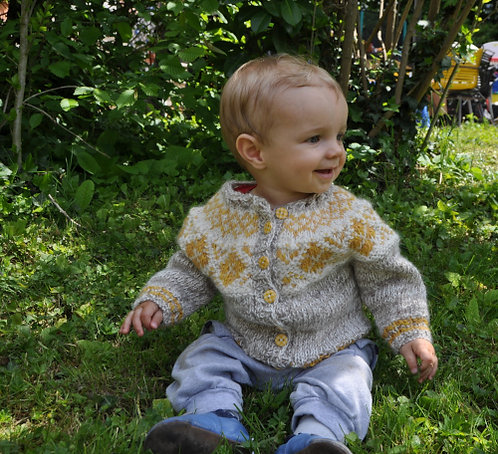 Lena sweater for kids 0-4 years - Hand knitted for you from Mosa mjúkull