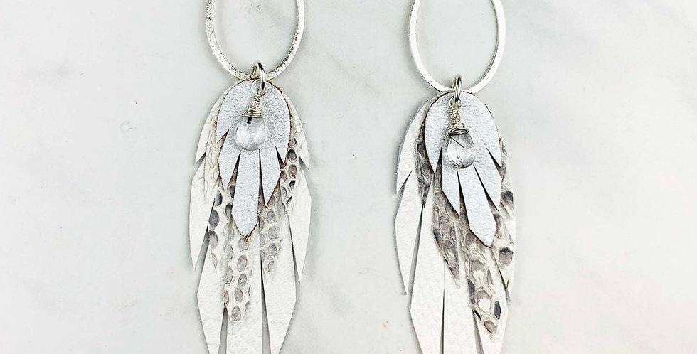 Leather Pluma Earrings - Ecru & Silver