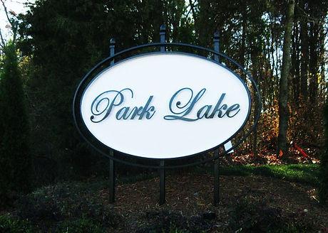 parklake 001_edited.jpg