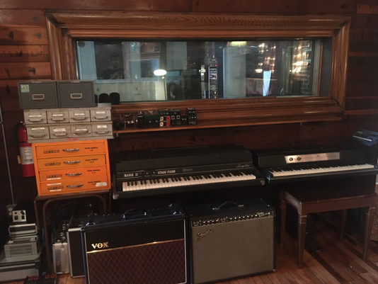Another Classic Electric Piano Added to the Collection at Native Sound Recording Studio