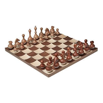 Jogo de xadrez de madeira luxuoso - peças e tabuleiro