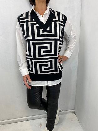 Black & white pattern fine knit vest