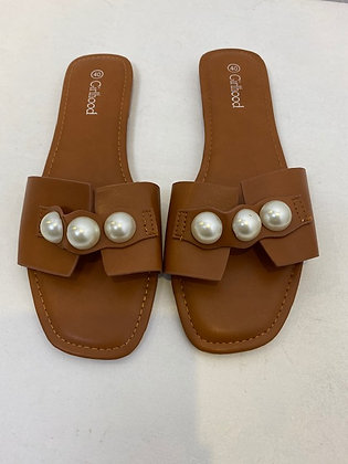 Tan Flat Sandals with Pearls