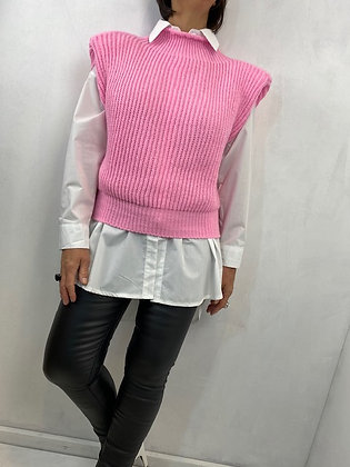 Knitted tank top with shirt