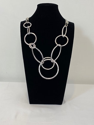 Costume silver chunky link Necklace