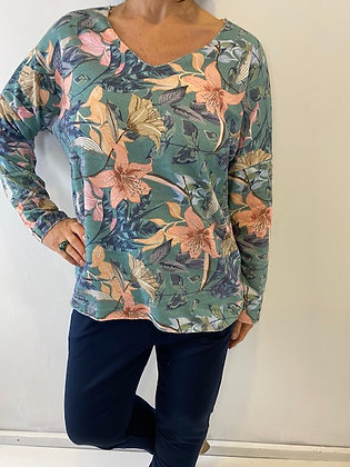 Green Tropical flower print v-neck top