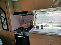 Full working kitchen in the Airstrea