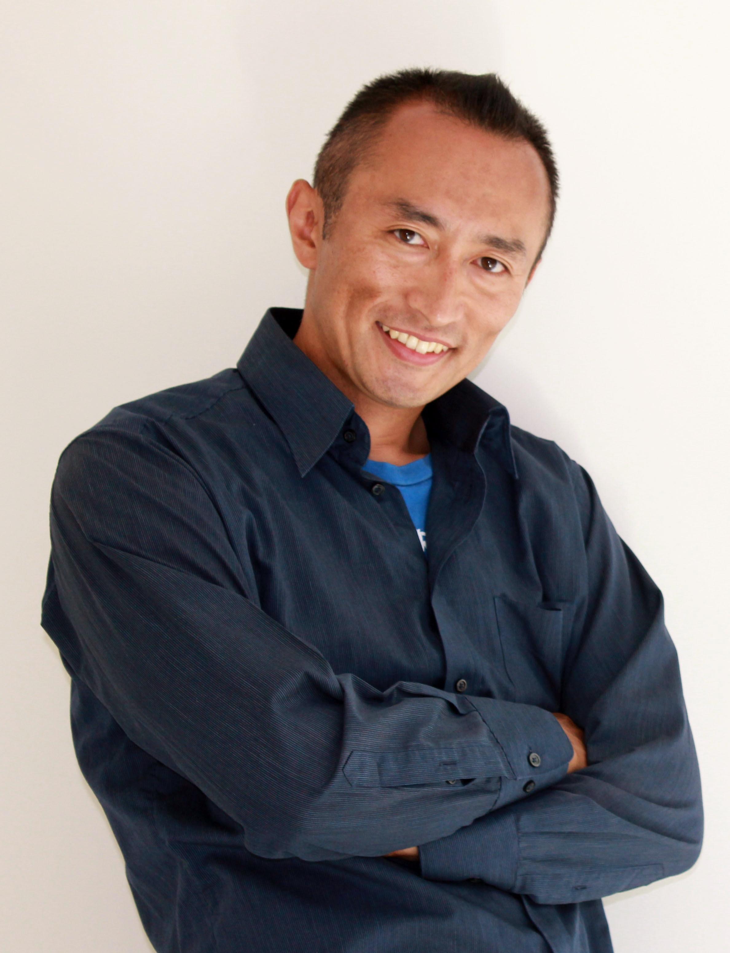 Kenichi Iwabuchi - about