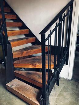 Residential Steel Staircase with Custom Railings