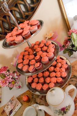 Red Velvet & Pink Cream Cheese Cakes
