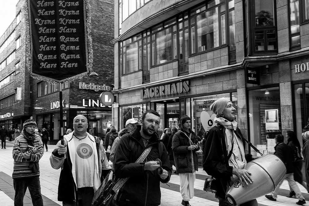 "Members of the Hare Krishna sect ""preaching"" on the streets."