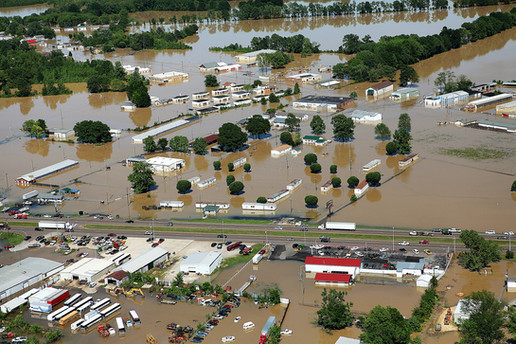 FEMA_-_43941_-_Aerial_of_flooding_in_Ten