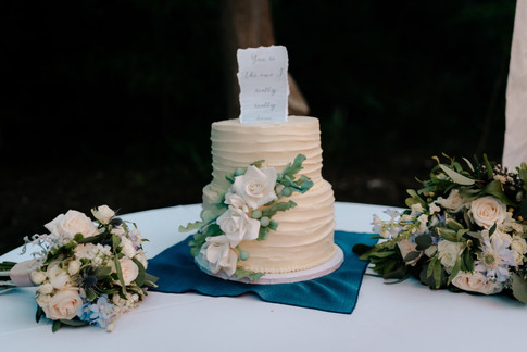 sugar flower cake || morning buns bakery