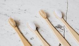 Toothbrushes_Photo-by-Karolina-Grabowska