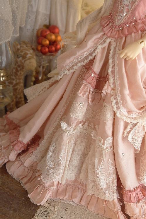装飾を Rococo Pink のデザインに変更