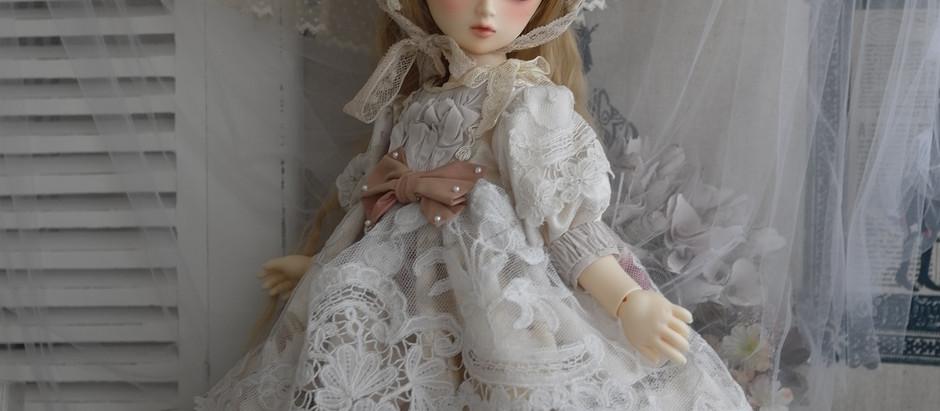 アンティークドール風ドレス