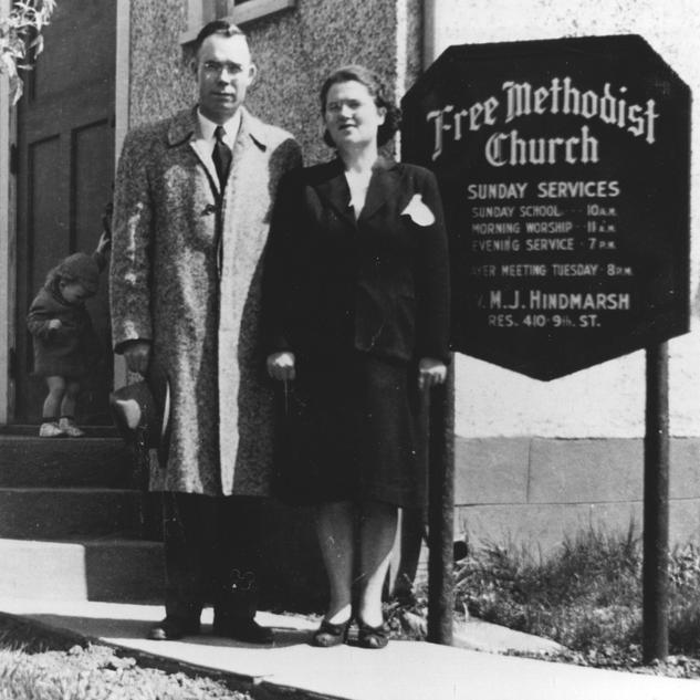 Rev & Mrs Hindmarsh.tif