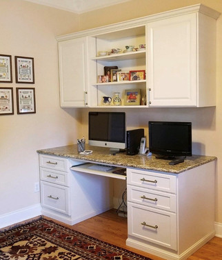 Custom Home Office from Closets by McKenry