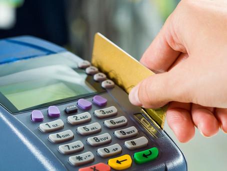 Empresa de cartão de crédito é condenada a restituir comerciante vítima de fraude
