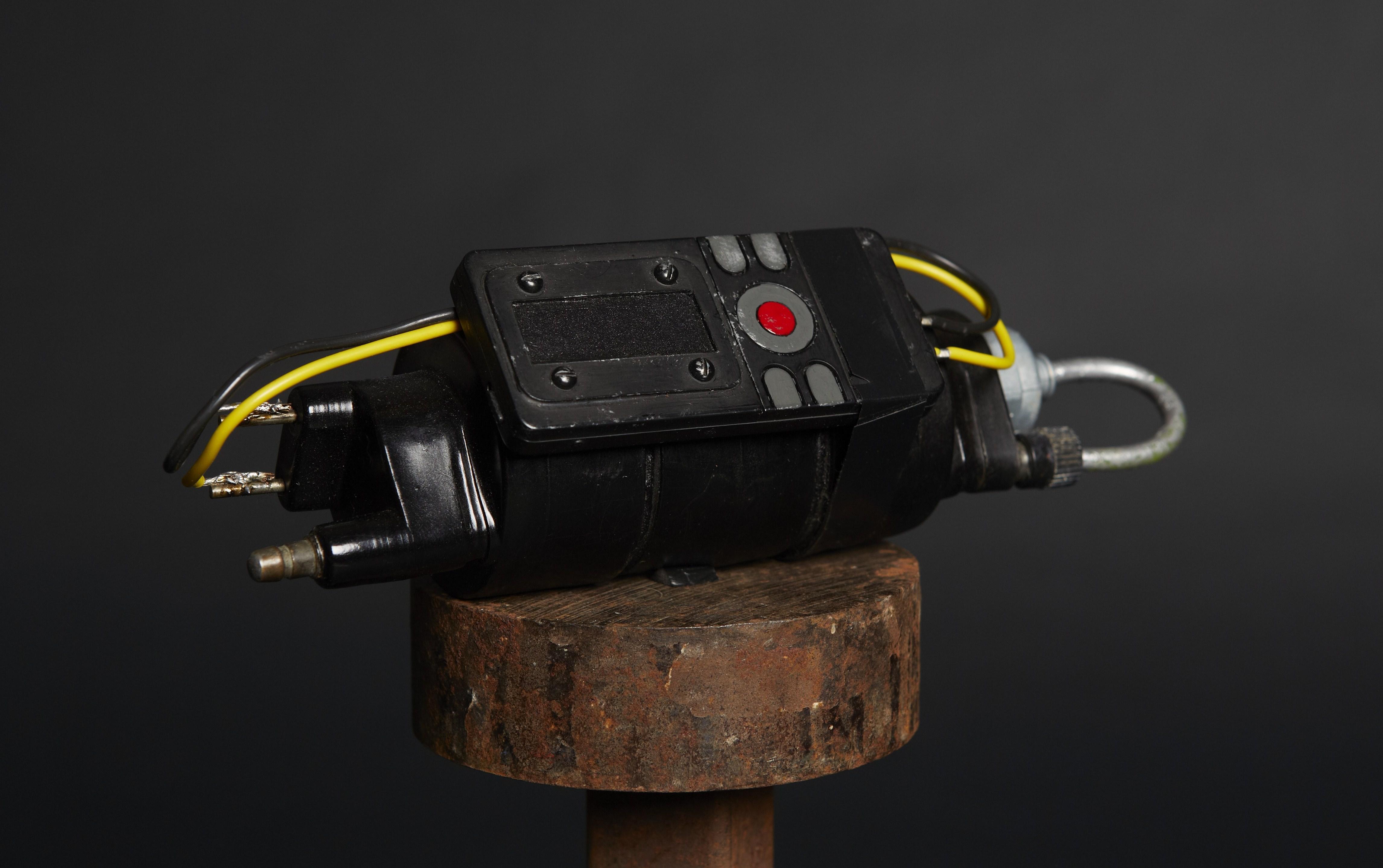 Bombe avec détonateur modèle B