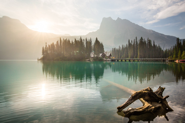 A portfolio image of Emerald Lake by Toronto based commercial photographer BEN HEMMINGS MEDIA