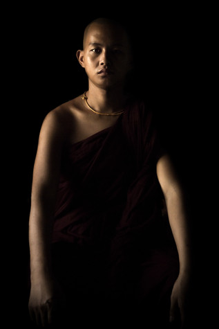 A portfolio image of a burmese monk by Toronto based commercial photographer BEN HEMMINGS MEDIA