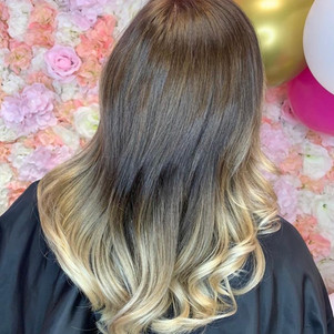 Balayage, cut & blow dry