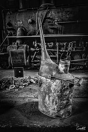 Engine-Juice-B&W-WEB.jpg