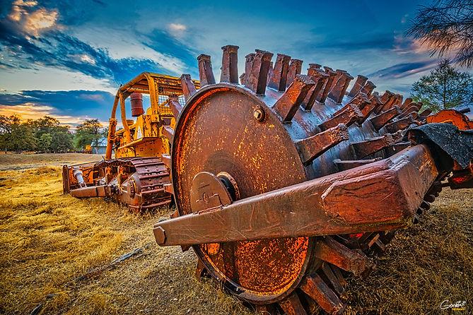 Bulldozer, Tractor