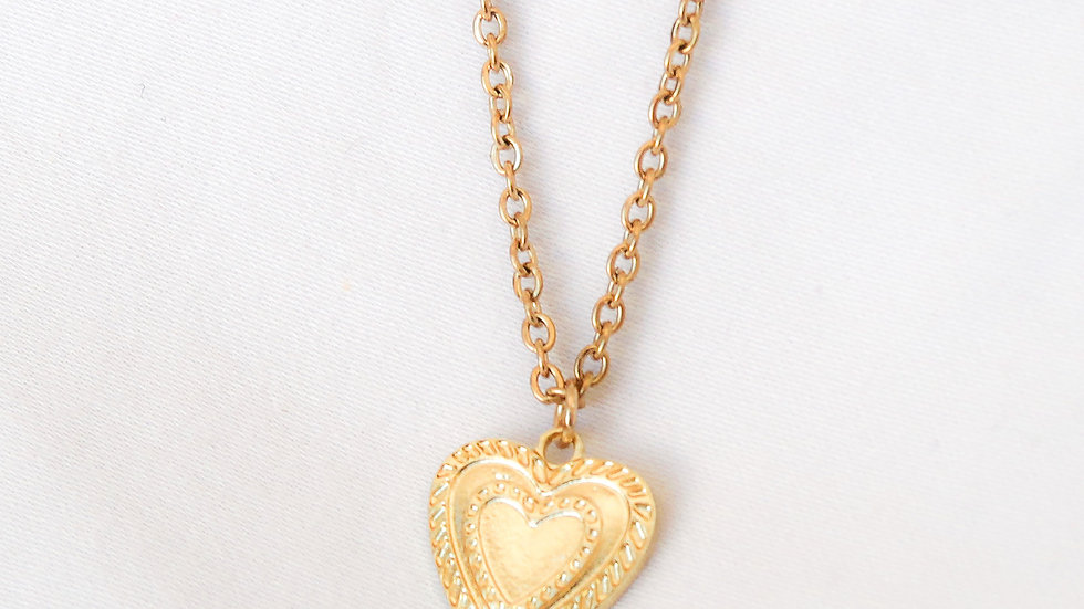 """Amore"" Single Charm Necklace"
