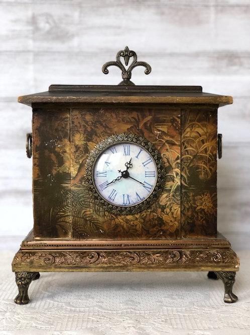 Vintage Foliage Clock