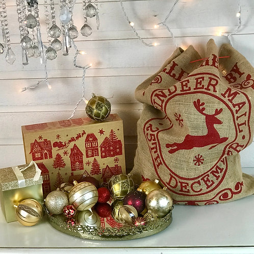 Gold & Shades of Red Christmas Collection