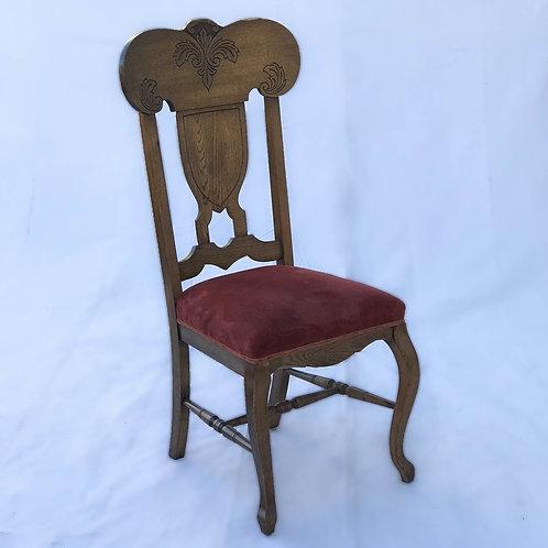 The Villari Chair