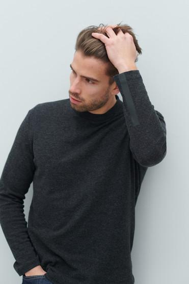pullover reto.jpg