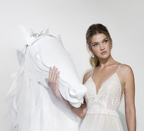 הפקת צילום | קטלוג שמלות כלה