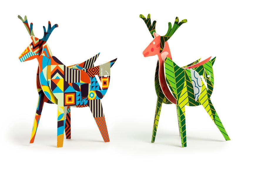 Printed ardboard deer