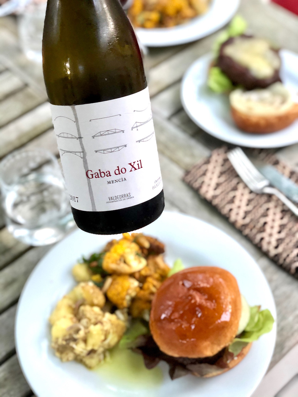Red wines for burgers, cabernet franc from the Loire Valley, Mencia from Ribeira Sacra, Passetoutgrains from Burgundy, dry Lambrusco from Emilia Romagna