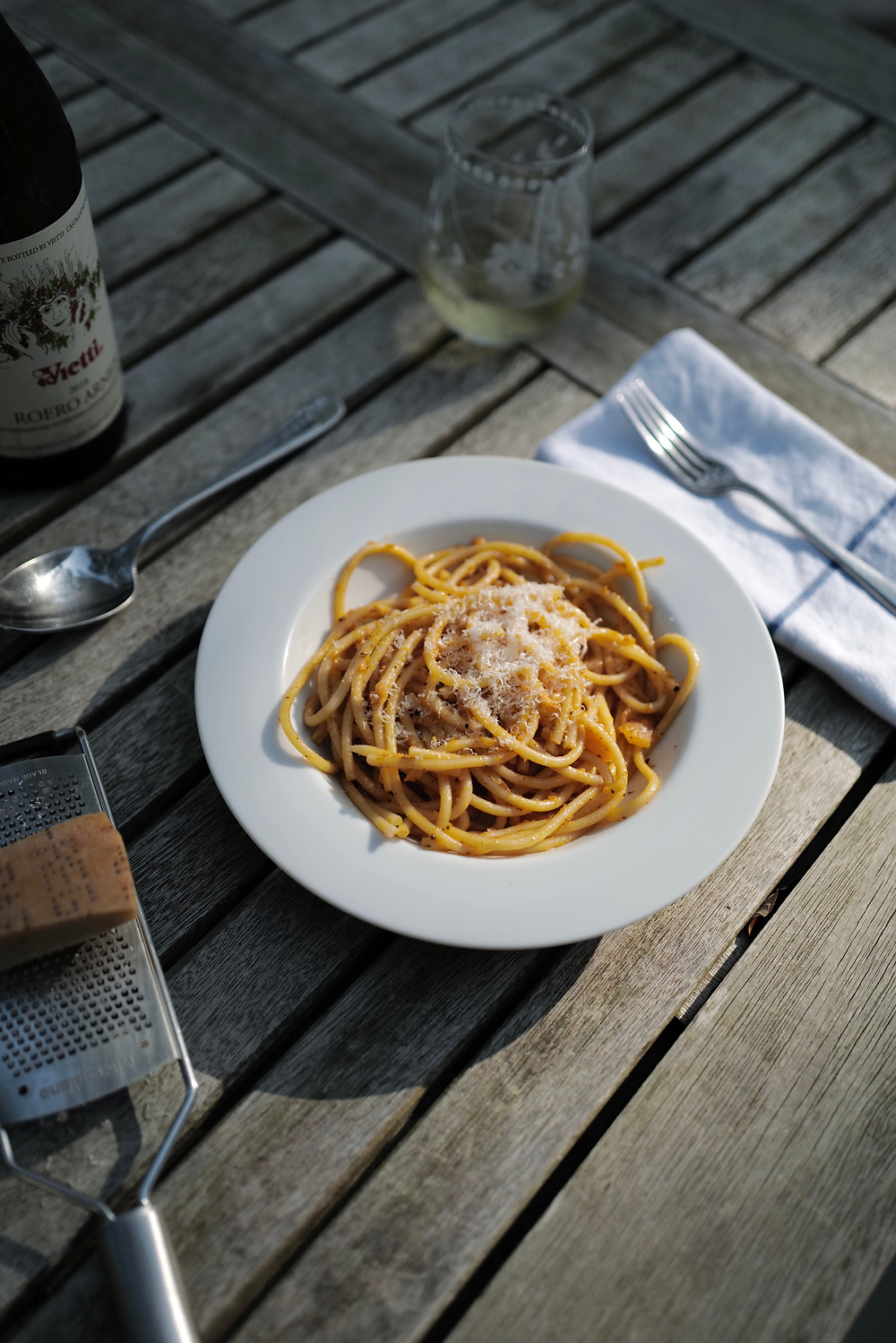 Spaghetti al Melone by Giuliano Hazan; canteloupe pasta with wine pairing; Vietti Arneis; Piedmont wine; Arneis grape; Vietti winery;