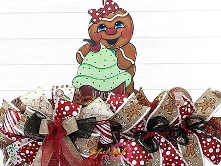 DIY Gingerbread Cupcake Wreath Rail