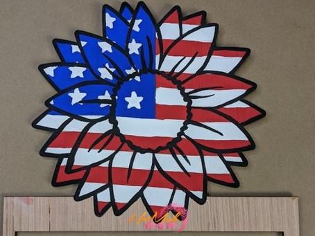 How to Paint a Patriotic Sunflower Wreath Rail