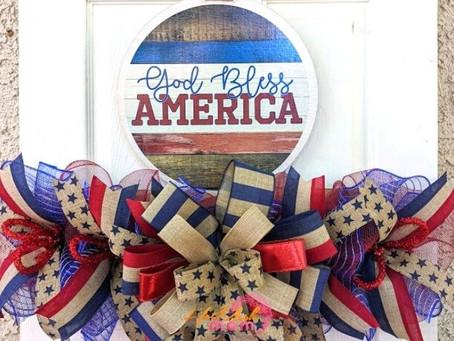 God Bless America DIY Patriotic Wreath Rail
