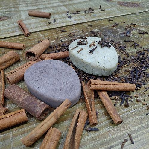 SB - Dueto Cravo e Canela Sabonete Artesanal Naturals Brazil100 gr cada